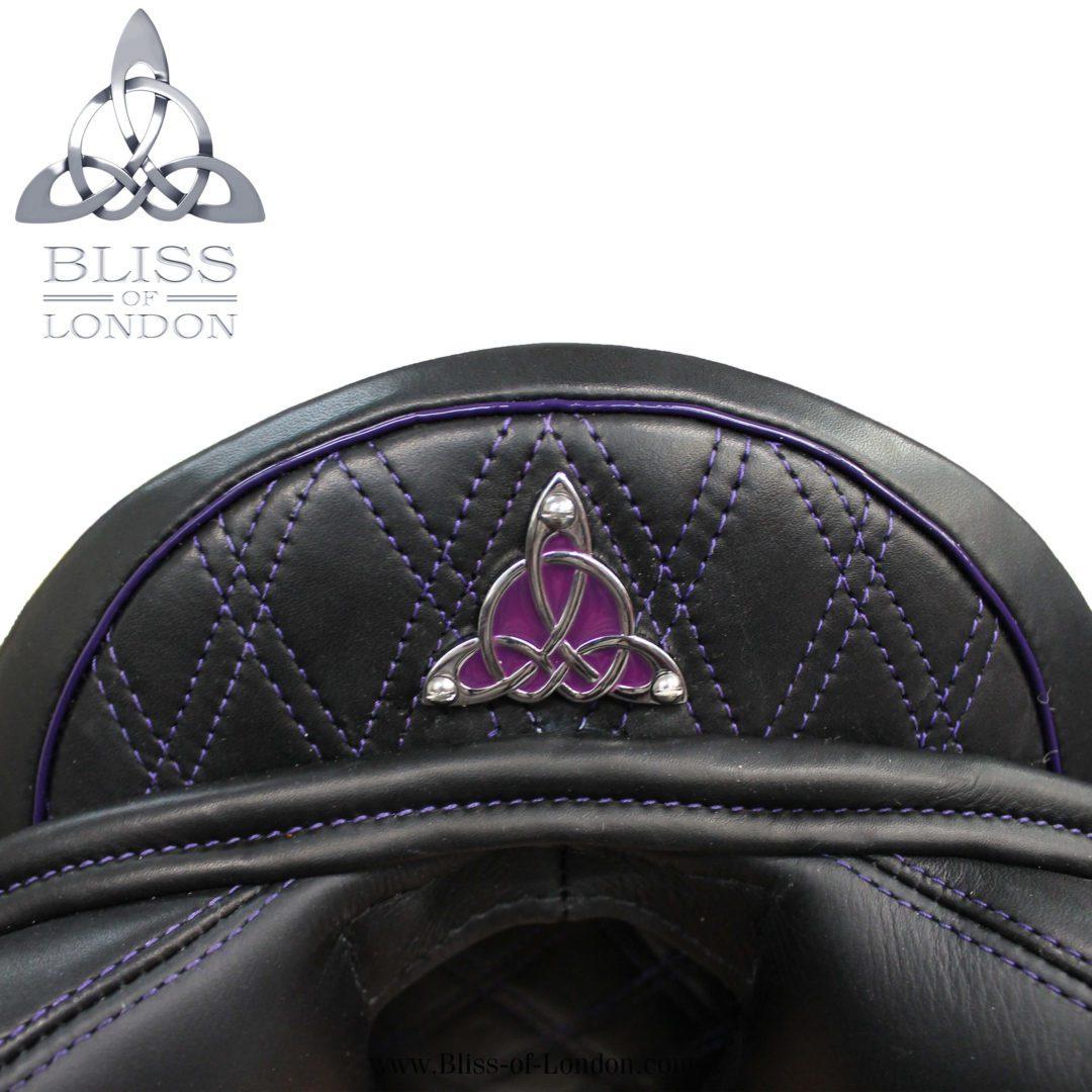 19201 - para eventer black purple quilt stitch badge
